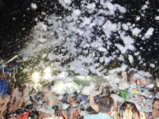 En este momento estás viendo Alquiler Fiesta de la Espuma en ALZIRA